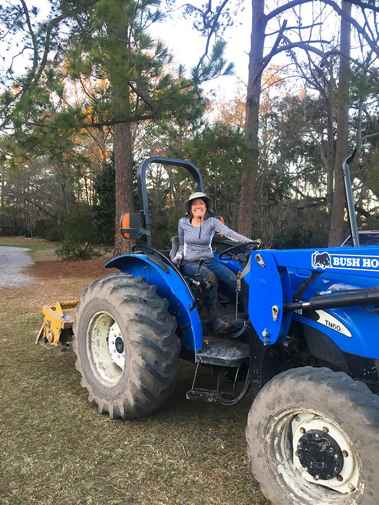 tractor-01-17.40.04-edit